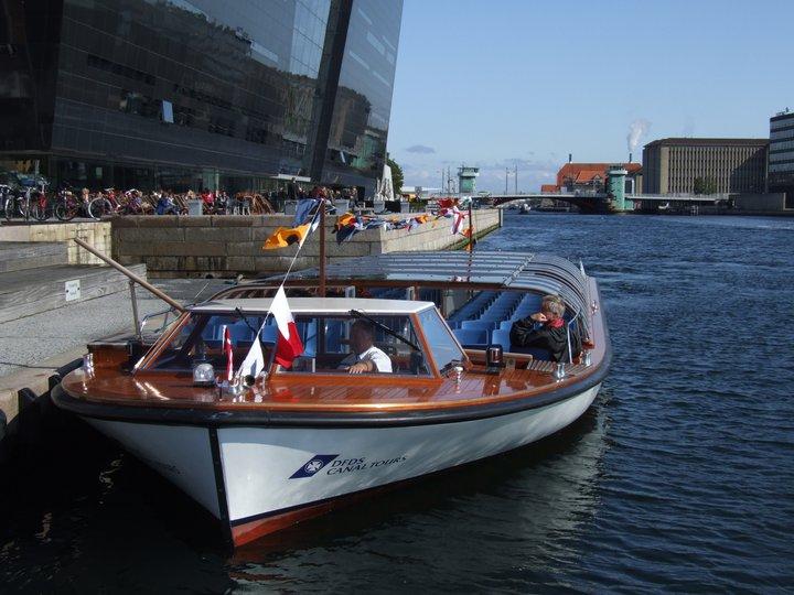 Annapolis Hybrid Marine Thoosa Electric Propulsion Boat